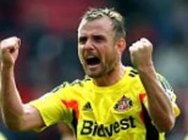 lee cattermole named north east football writers' player of the year for 2014